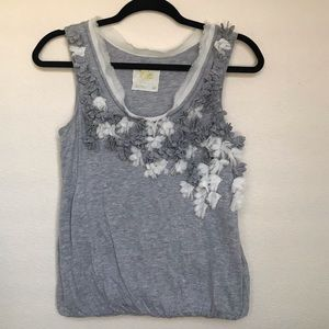 Anthropologie floral tank Size XS 🌸